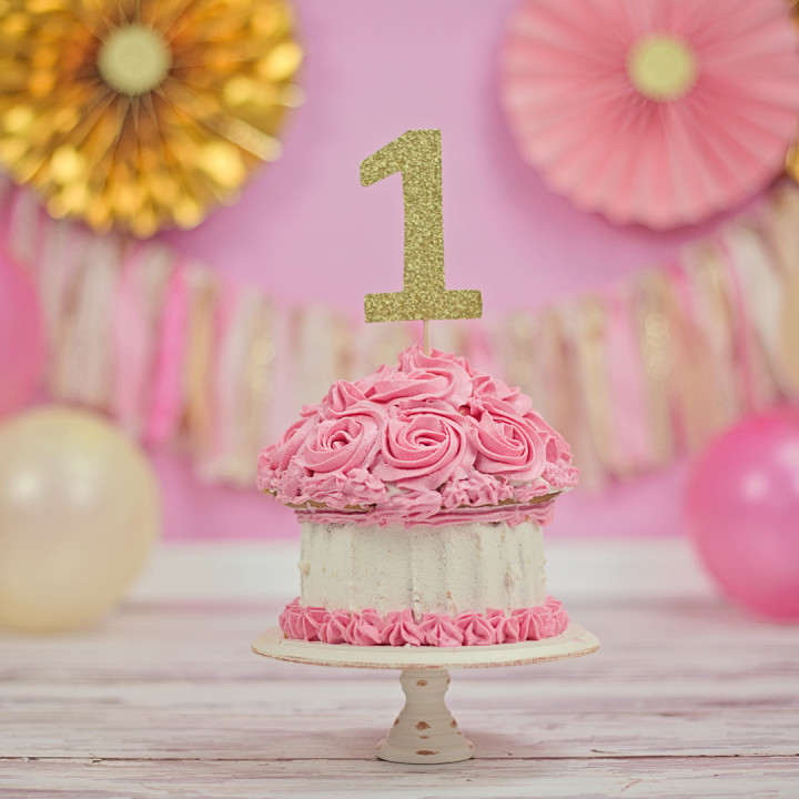 Pink and gold cake smash!