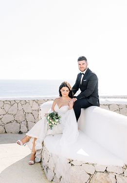 Maria + Stefanos / Romantic and colorful wedding