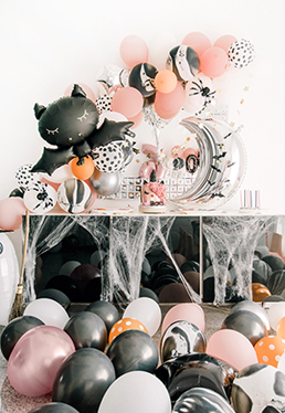 SPOOKY PINK HALLOWEEN BIRTHDAY PARTY!